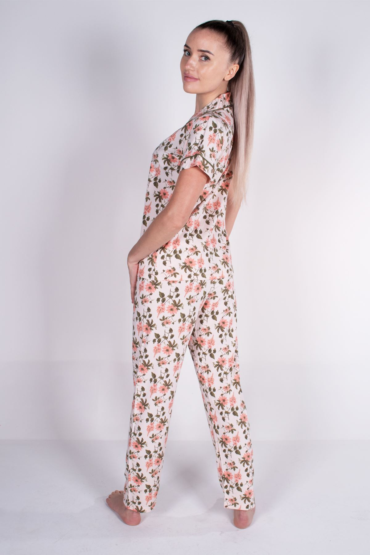 Malabadi Kadın Yavruağzı Düğmeli Likralı Modal Yazlık Pijama Takımı 5004